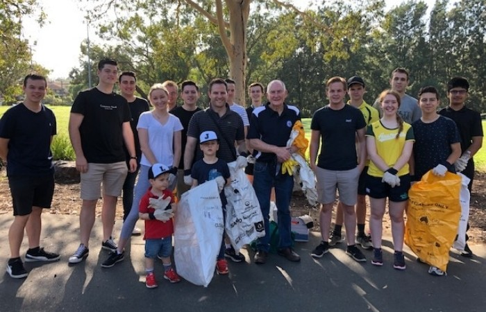 Lord Mayor at a Clean Up Australia Event