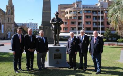 L-R: State Member for Parramatta MP Geoff Lee, Parramatta RSL Sub Branch Vice President Doug Mackay, Sub Branch committee member Geoff Holgate, Sub Branch President Ron Grace, Sub Branch Secretary Bryan West and City of Parramatta Lord Mayor Cr Andrew Wilson.